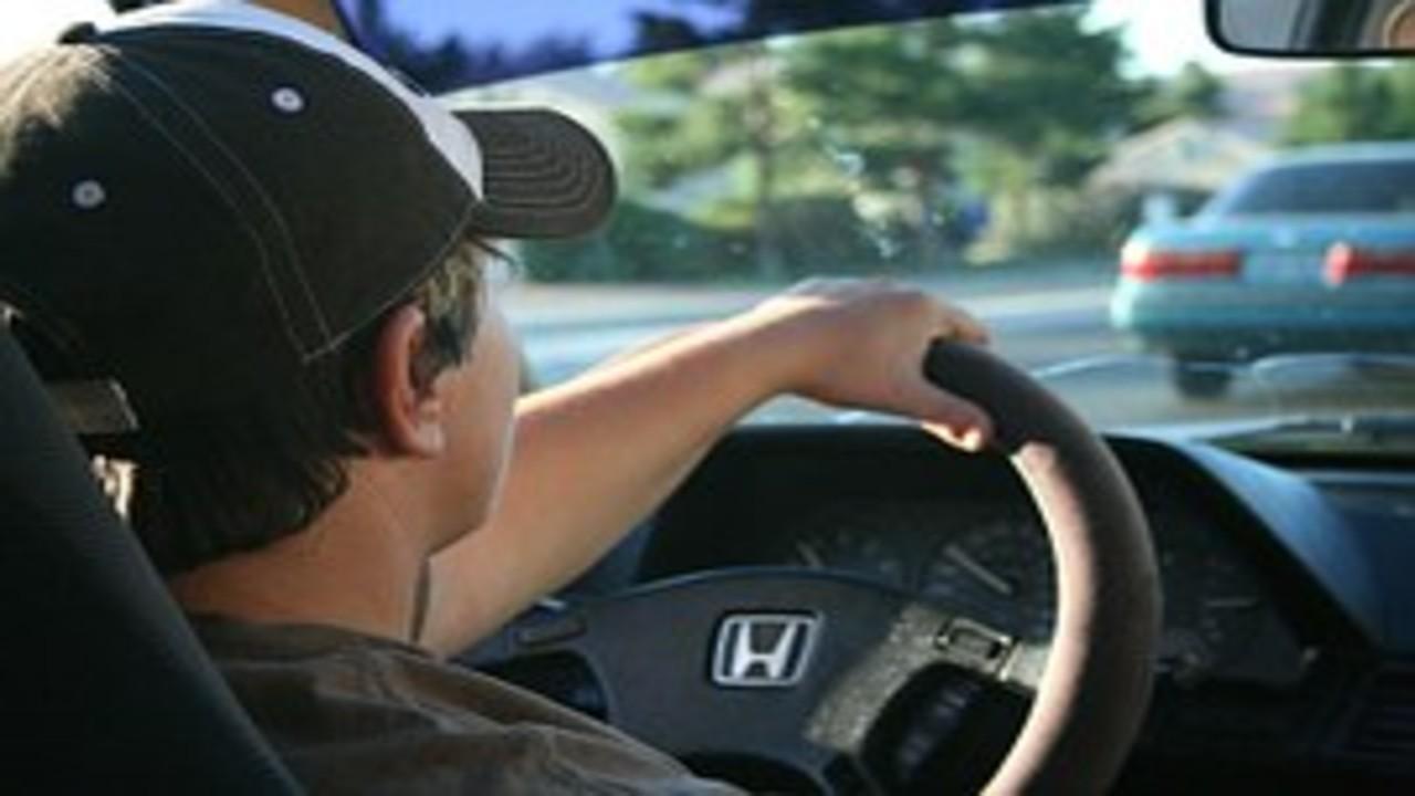 free画像,ホンダ車,運転手,帽子