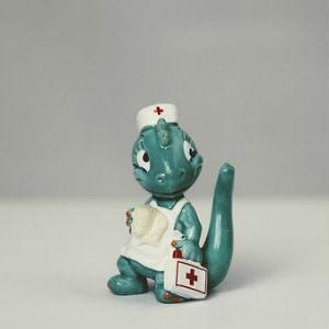 free画像,医療関係者,ドラゴンフィギュア