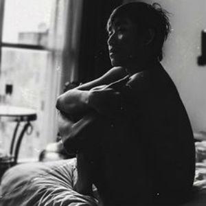 free画像,ベッド,男,怠け者,モノクロ