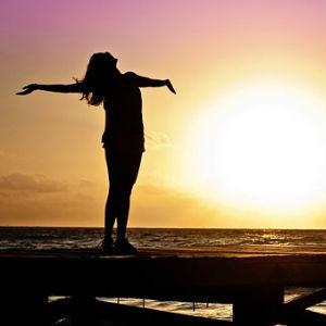 free画像,女性,希望,太陽,万歳